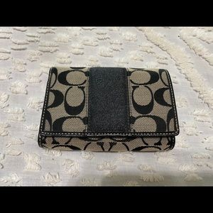 Coach Signature Black Billfold Wallet